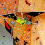 ARRAMPICATA – TRAIN DI BOULDERING